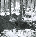 GIs digging a foxhole