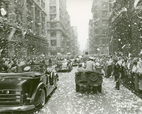 Dwight Eisenhower welcomed home in Broadway tickertape parade