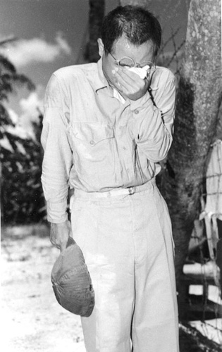 Japanese POW on Guam in tears